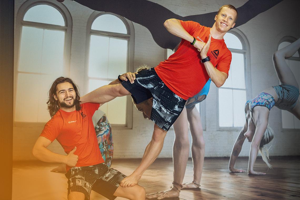 Pirmine Acro yoga